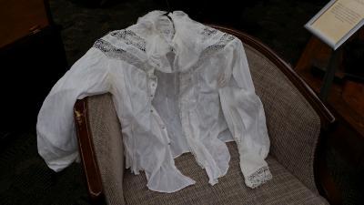 Hendrickson white blouse